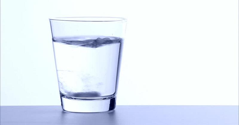 hal ini akan menyulitkan Anda saat sedang flu karena akan membuat kondisi Anda memburuk.