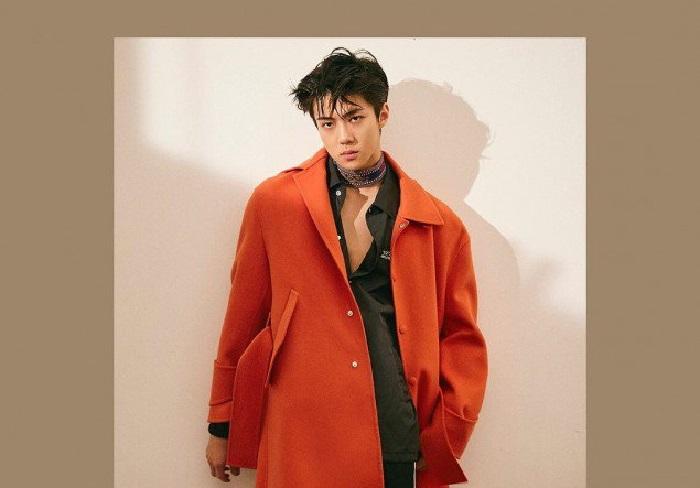 https: img.okeinfo.net content 2017 12 12 194 1829186 sehun-exo-telanjang-dada-hiasi-cover-majalah-fashion-pria-O3v8iBsrNJ.jpg