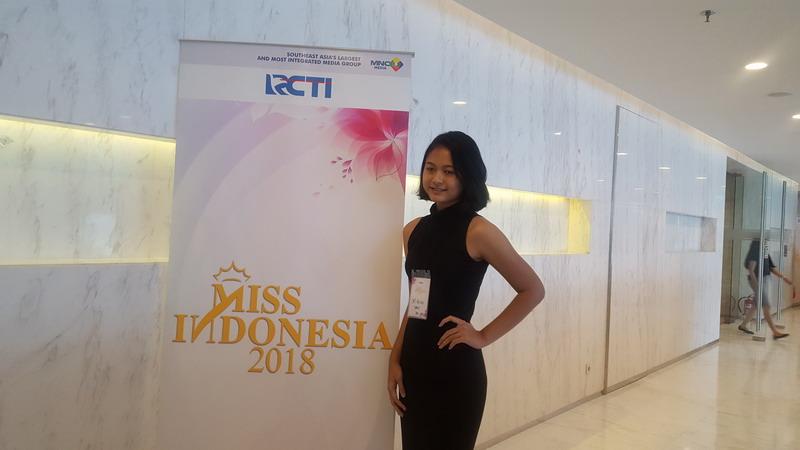 https: img.okeinfo.net content 2017 12 16 194 1831354 peserta-audisi-miss-indonesia-2018-gelombang-2-terbukti-cerdas-cerdas-dLg2kGoBkv.jpg