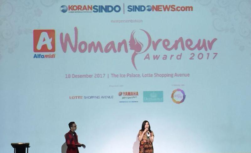 https: img.okeinfo.net content 2017 12 18 320 1832315 womanpreneur-awards-2017-ajang-pengusaha-wanita-indonesia-uji-kreativitas-te6Ktllo8c.jpg