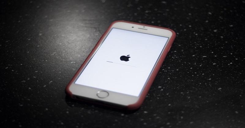 https: img.okeinfo.net content 2017 12 21 57 1833979 apple-akui-iphone-lawas-dibuat-lemot-ada-apa-2xtdyQO6UU.jpg