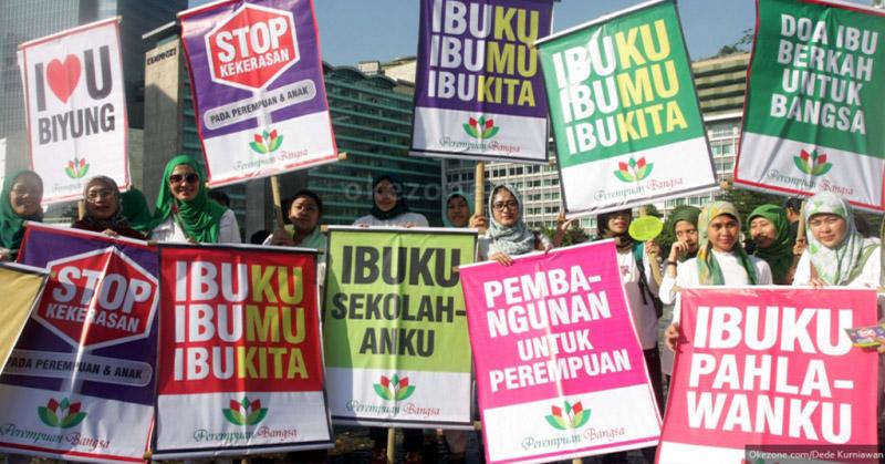 https: img.okeinfo.net content 2017 12 22 337 1834277 sejarah-hari-ibu-saat-kaum-perempuan-indonesia-ikut-perjuangkan-kemerdekaan-xuzknHfqCf.jpg