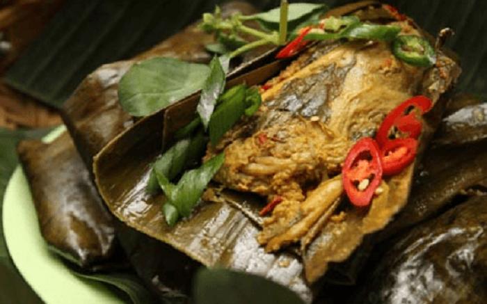 Makan Malam Makin Spesial Dengan Pepes Ayam Pedas Dan Abon