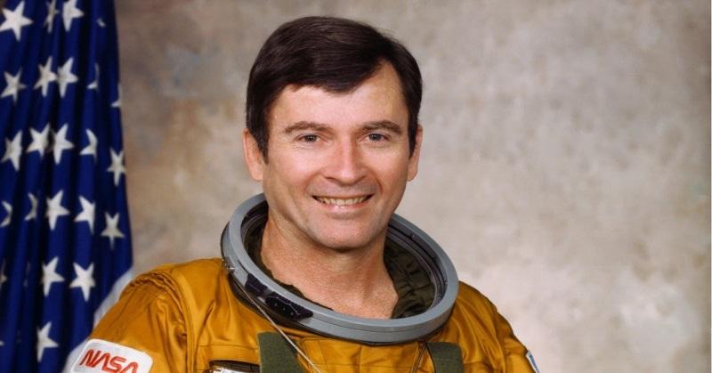 https: img.okeinfo.net content 2018 01 08 56 1841584 astronot-legendaris-john-young-meninggal-dunia-DCIlQlWj68.jpg