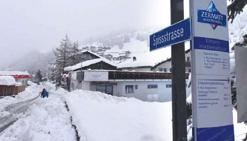 https: img.okeinfo.net content 2018 01 10 406 1843125 13-000-turis-terjebak-di-kawasan-pegunungan-alpen-akibat-hujan-salju-yang-lebat-Xe81McQJCk.jpg