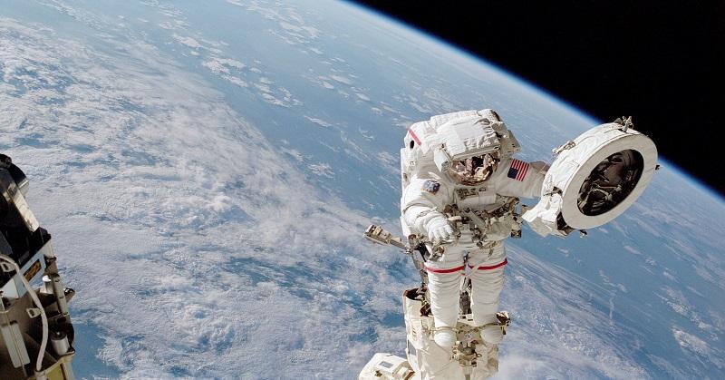 https: img.okeinfo.net content 2018 01 10 56 1842723 5-mitos-seputar-astronot-yang-dijelaskan-nasa-Q378EC9nqN.jpg