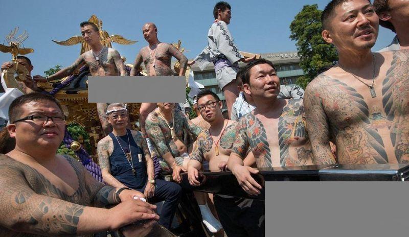 https: img.okeinfo.net content 2018 01 12 18 1844221 dilema-yakuza-organisasi-kriminal-yang-juga-aktif-kegiatan-sosial-T5vfzjv0yf.jpg