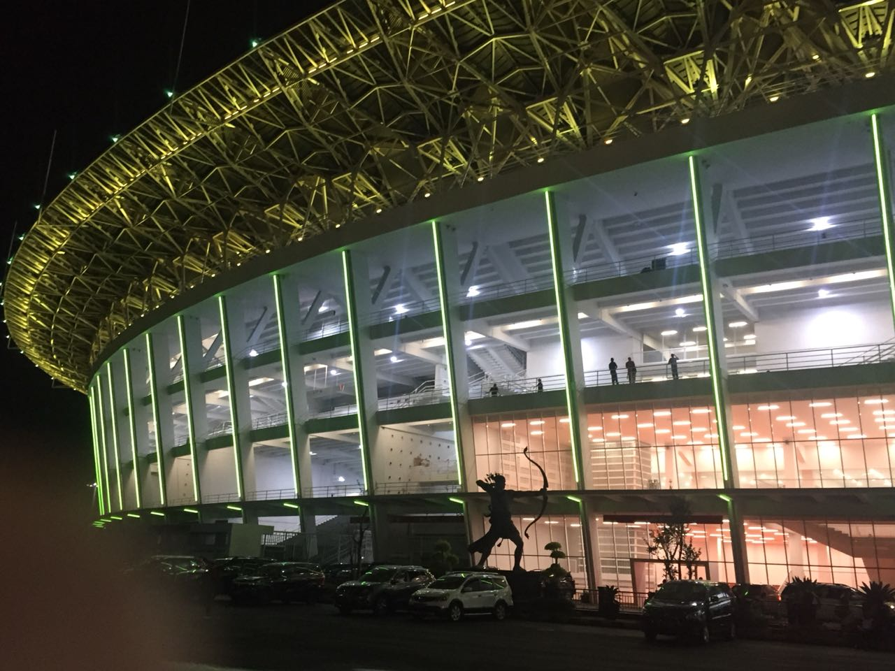 https: img.okeinfo.net content 2018 01 12 470 1844348 stadion-gelora-bung-karno-direnovasi-warga-jakarta-harus-merawatnya-fOEbwS4NML.jpg