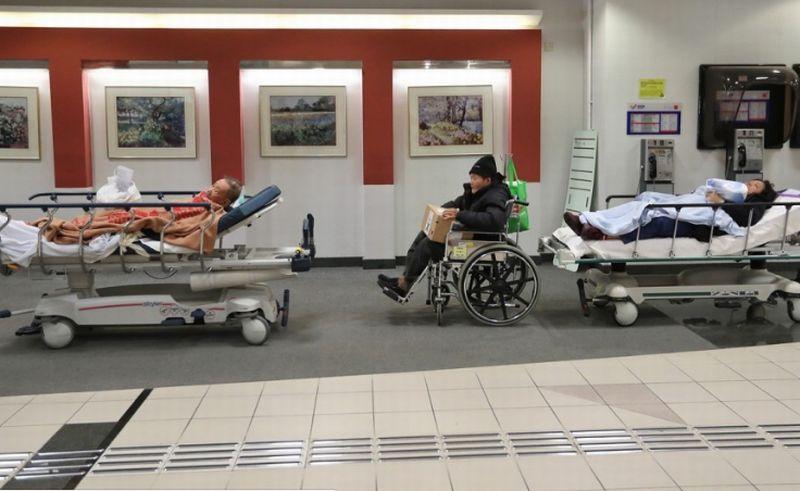 https: img.okeinfo.net content 2018 01 13 18 1844454 10-orang-tewas-dalam-kurun-waktu-9-hari-di-hongkong-akibat-flu-musim-dingin-IfGgWw3gip.jpg