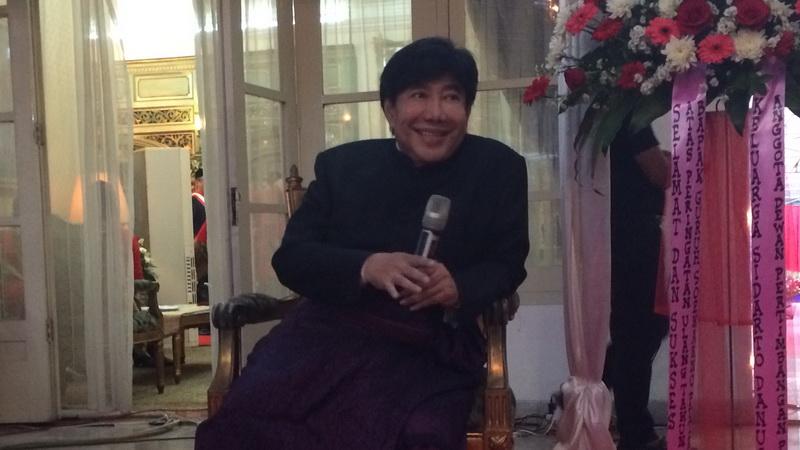 https: img.okeinfo.net content 2018 01 13 33 1844579 guruh-soekarnoputra-prihatin-lihat-karya-seni-indonesia-yang-sok-kebarat-baratan-KOZhRfd9Ej.jpg