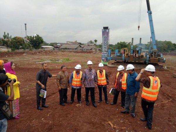 Peletakan batu pertama pembangunan rumah DP 0 Rupiah di Pondok Kelapa, Jakarta (Fadel/Okezone)