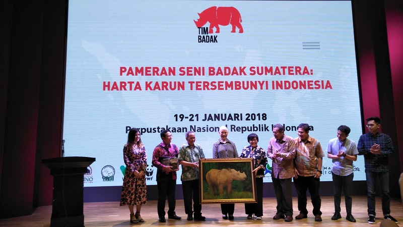 https: img.okeinfo.net content 2018 01 19 406 1847544 pameran-seni-badak-sumatera-harta-karun-tersembunyi-indonesia-yang-terancam-punah-2Lj0WnfllW.jpg