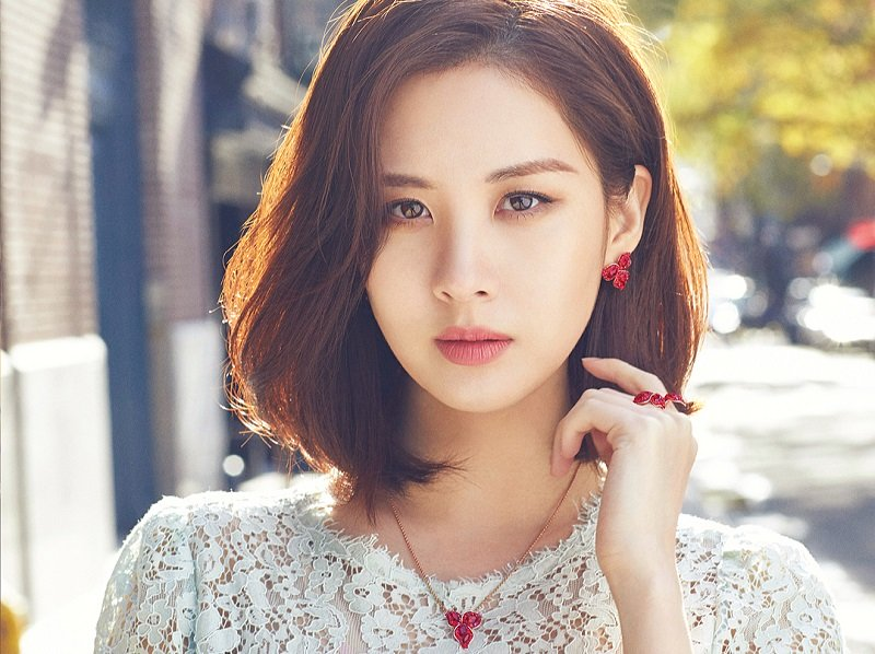 3c678f16444 4 Selebriti Korea yang Makin Cantik dengan Rambut Bob Pendek ...