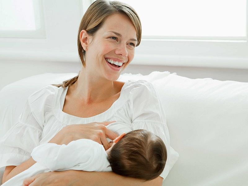 https: img.okeinfo.net content 2018 01 26 481 1850600 ibu-menyusui-ini-panik-warna-asi-berubah-jadi-pink-bercampur-dengan-darah-AIWe0YmODu.jpg
