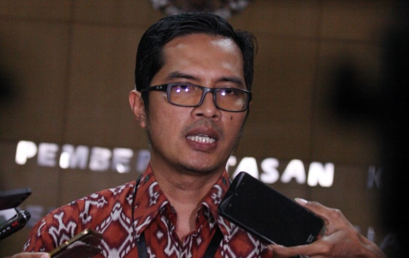 https: img.okeinfo.net content 2018 01 29 337 1851571 kpk-panggil-dirut-pt-garuda-indonesia-terkait-suap-pesawat-3WYdICZYNd.jpg