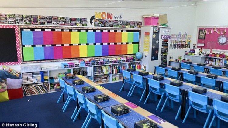 https: img.okeinfo.net content 2018 01 30 196 1852313 dekorasi-kelas-pelangi-bikin-anak-anak-semangat-belajar-di-sekolah-mZygdipT3D.jpg