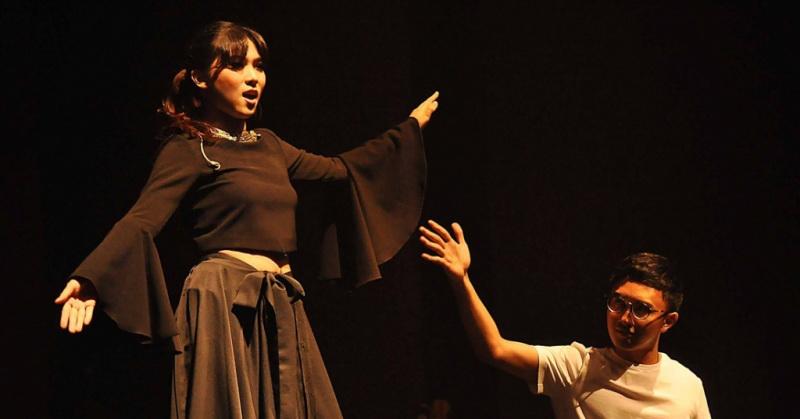 https: img.okeinfo.net content 2018 02 01 205 1852971 isyana-sarasvati-akui-avip-priatna-pengaruhi-karier-musiknya-LYcFSvYdMj.jpg