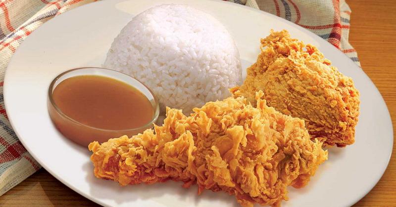Kebanyakan orang memilih untuk menghilangkan kulit ayam dari menu makanan yang dikonsumsinya.