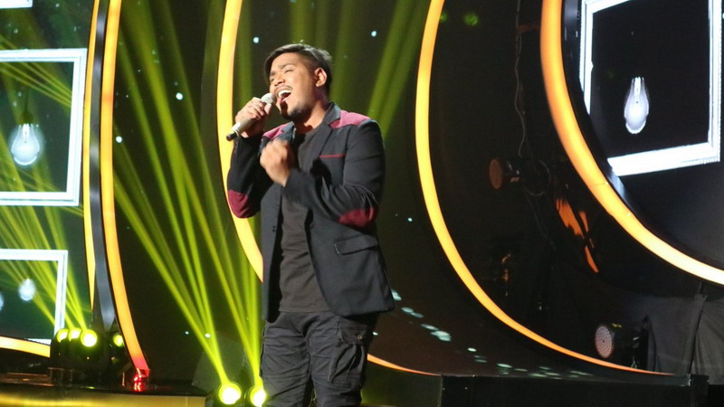 https: img.okeinfo.net content 2018 02 07 598 1855810 bawakan-lagu-lost-star-maia-estianty-sebut-abdul-jadi-adam-levine-rasa-indonesia-SEv3A36R3I.jpg
