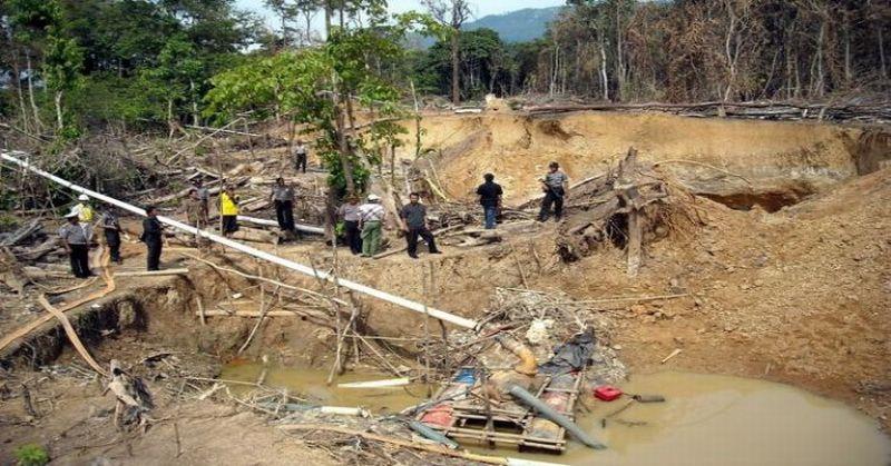 https: img.okeinfo.net content 2018 02 08 340 1856368 hancurkan-bongkahan-tanah-dua-pekerja-tambang-ilegal-tewas-tertimbun-aossNJn7VK.jpg