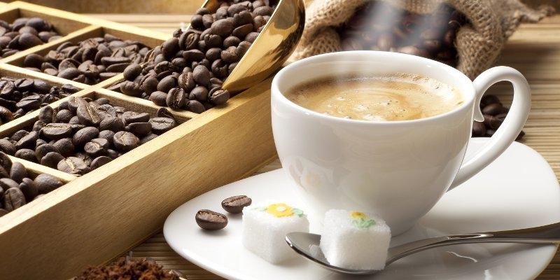 https: img.okeinfo.net content 2018 02 10 320 1857578 5-tips-berbisnis-kedai-kopi-yang-harus-anda-tahu-jRYnLSBYdy.jpg