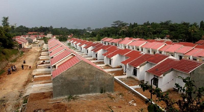 https: img.okeinfo.net content 2018 02 13 470 1859143 kota-tangsel-mulai-dipadati-pembangunan-rumah-tapak-ZMyAb9Ny83.jpg