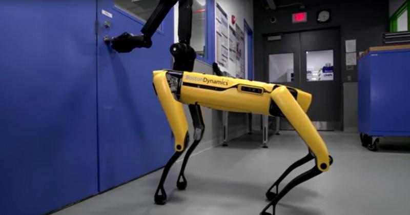 https: img.okeinfo.net content 2018 02 13 56 1858970 robot-canggih-boston-dynamic-bisa-membuka-pintu-In8rJK8QCI.jpg
