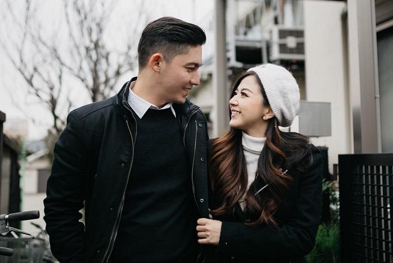 https: img.okeinfo.net content 2018 02 14 196 1859543 hari-valentine-franda-ungkap-kebiasaan-yang-sering-dilakukan-bersama-suami-DBWbBpZR8n.jpg