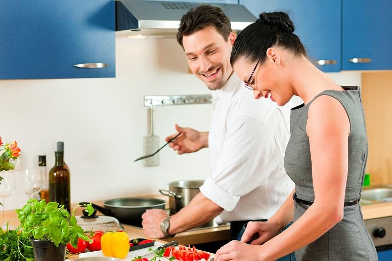 https: img.okeinfo.net content 2018 02 14 481 1859264 4-posisi-seks-ideal-untuk-suami-dengan-mr-p-kecil-lEynMdBP24.jpg