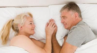 https: img.okeinfo.net content 2018 02 15 196 1859848 bagaimana-kehidupan-seks-orang-orang-berumur-di-atas-65-tahun-X9kCDAYZ1u.jpg