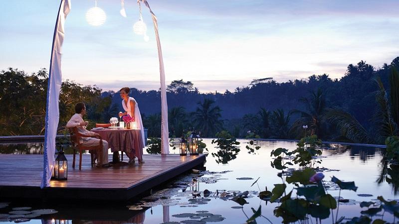 https: img.okeinfo.net content 2018 02 17 406 1860770 5-destinasi-wisata-super-romantis-di-dunia-nomor-3-indonesia-punya-Yf9EeMWgrA.jpg