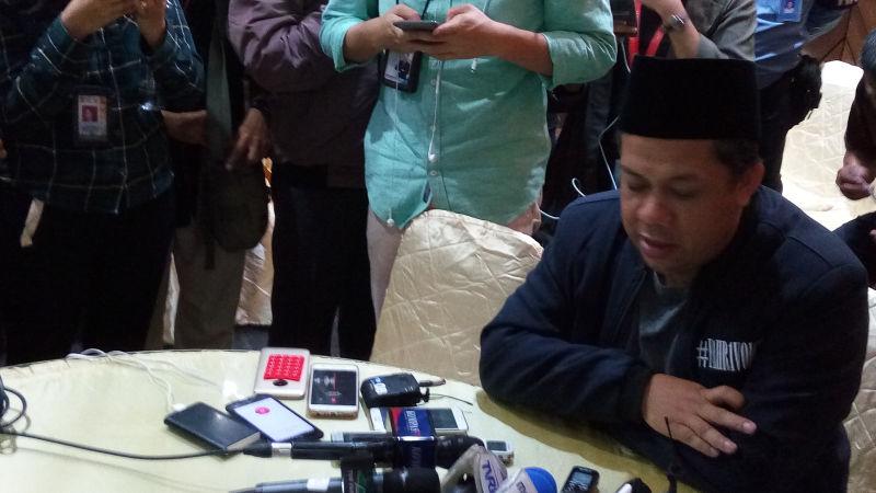 https: img.okeinfo.net content 2018 02 20 337 1862035 dituding-korupsi-oleh-nazaruddin-fahri-hamzah-bohong-dia-enggak-punya-bukti-qfzvcQquJi.jpg