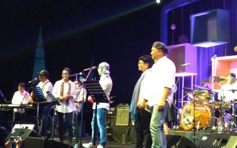 https: img.okeinfo.net content 2018 03 03 205 1867350 aksi-menteri-kabinet-kerja-jokowi-gemparkan-panggung-java-jazz-festival-2018-LiPQBB95Ij.jpg