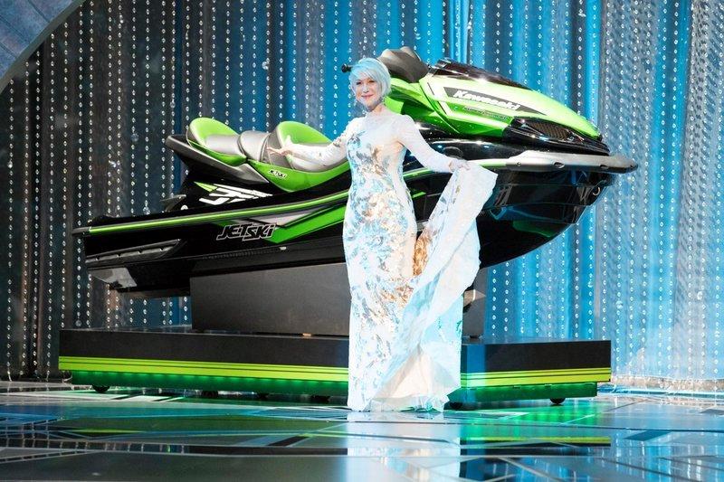 https: img.okeinfo.net content 2018 03 05 206 1867917 jimmy-kimmel-tawarkan-hadiah-jet-ski-untuk-pemenang-oscar-dengan-pidato-terpendek-74LwJa7KNN.jpg