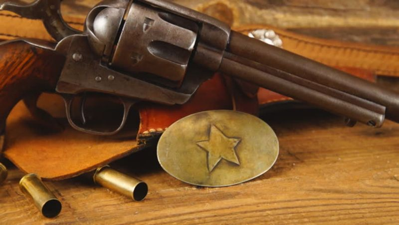 https: img.okeinfo.net content 2018 03 05 56 1868003 samuel-colt-pencipta-senjata-revolver-sejak-1873-J8DLLlityS.jpg