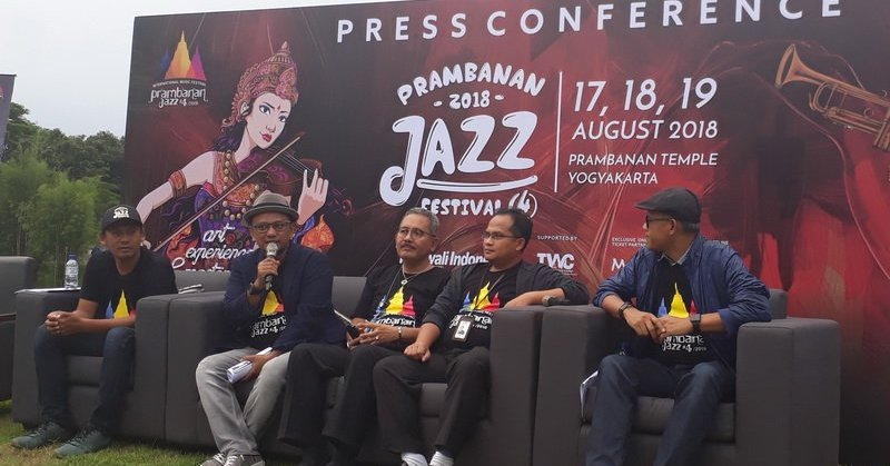 https: img.okeinfo.net content 2018 03 06 205 1868906 penyelenggara-gandeng-show-director-ternama-di-prambanan-jazz-festival-2018-rh5TMRuEQX.jpg