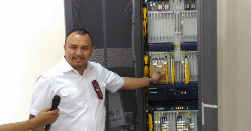 https: img.okeinfo.net content 2018 03 07 207 1868925 palapa-ring-untuk-tingkatkan-ekonomi-digital-indonesia-mei5cc3961.jpg