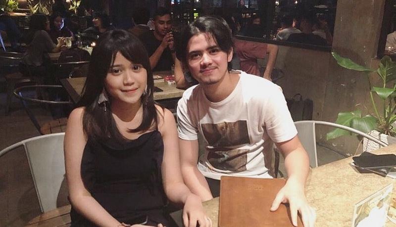https: img.okeinfo.net content 2018 03 07 598 1869045 tereliminasi-dari-indonesian-idol-bianca-jodie-unggah-foto-bersama-aliando-sH5PmB3uM8.jpg
