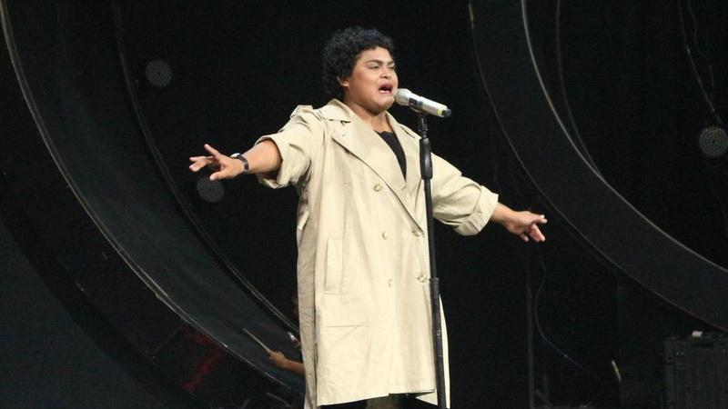 https: img.okeinfo.net content 2018 03 08 598 1869916 fakta-menarik-seputar-joan-indonesian-idol-pilih-film-dibanding-konser-musik-u2eM95qqbE.jpg