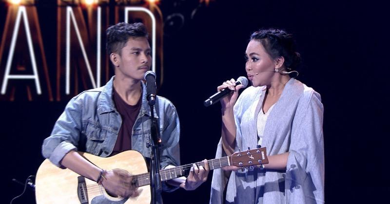https: img.okeinfo.net content 2018 03 08 598 1869941 dewi-gita-selamatkan-nasib-brian-di-panggung-the-next-boy-girl-band-indonesia-bgdbvF3kNz.jpg