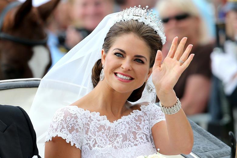 https: img.okeinfo.net content 2018 03 09 194 1870292 10-wanita-kerajaan-tercantik-di-dunia-bikin-kesengsem-QZlXJ5UfKB.jpg