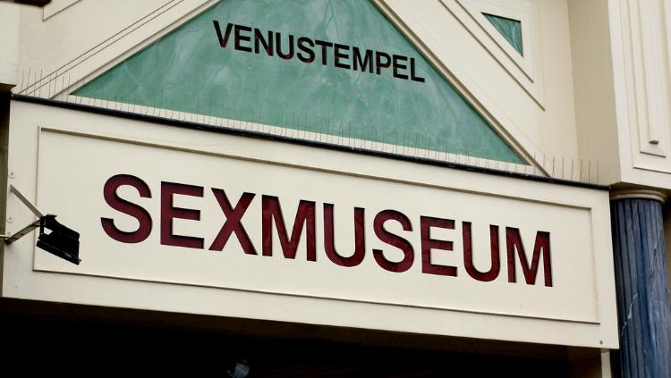 https: img.okeinfo.net content 2018 03 10 406 1870869 museum-di-belanda-tawarkan-hal-berbau-erotisme-1LvRvftwCd.jpg