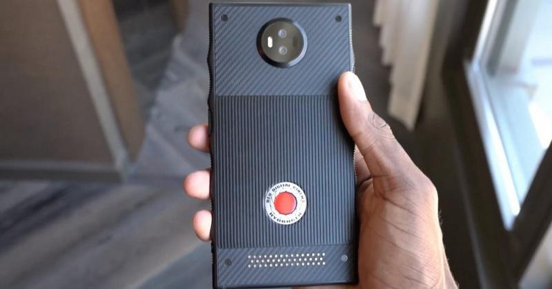 https: img.okeinfo.net content 2018 03 12 57 1871646 spesifikasi-smartphone-red-hydrogen-one-hingga-instagram-dan-snapchat-blokir-giphy-9JKpRnngv8.jpg