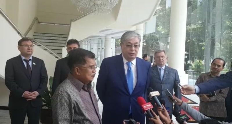 https: img.okeinfo.net content 2018 03 14 337 1872542 parlemen-kazakhstan-mengundang-indonesia-ke-pertemuan-antar-agama-dunia-BoscsmJdbO.jpg