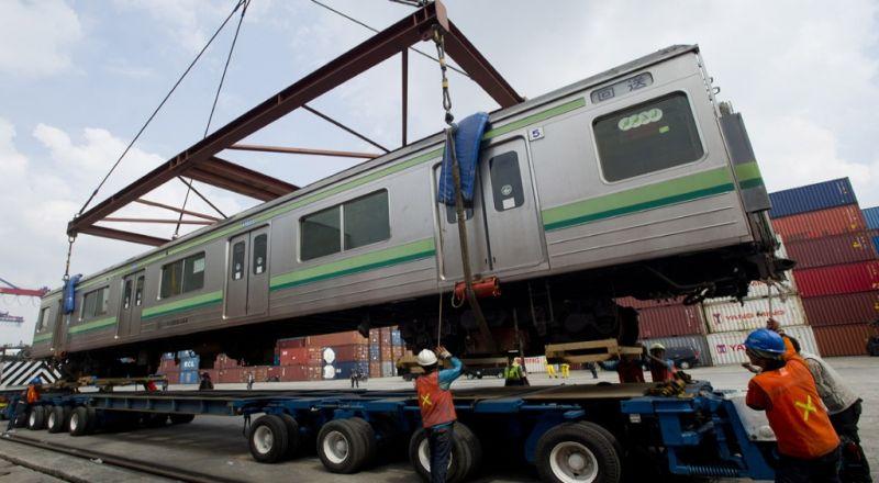 https: img.okeinfo.net content 2018 03 23 320 1876871 inka-pasok-150-lokomotif-untuk-perusahaan-kereta-thailand-GDK61SMPd3.jpg