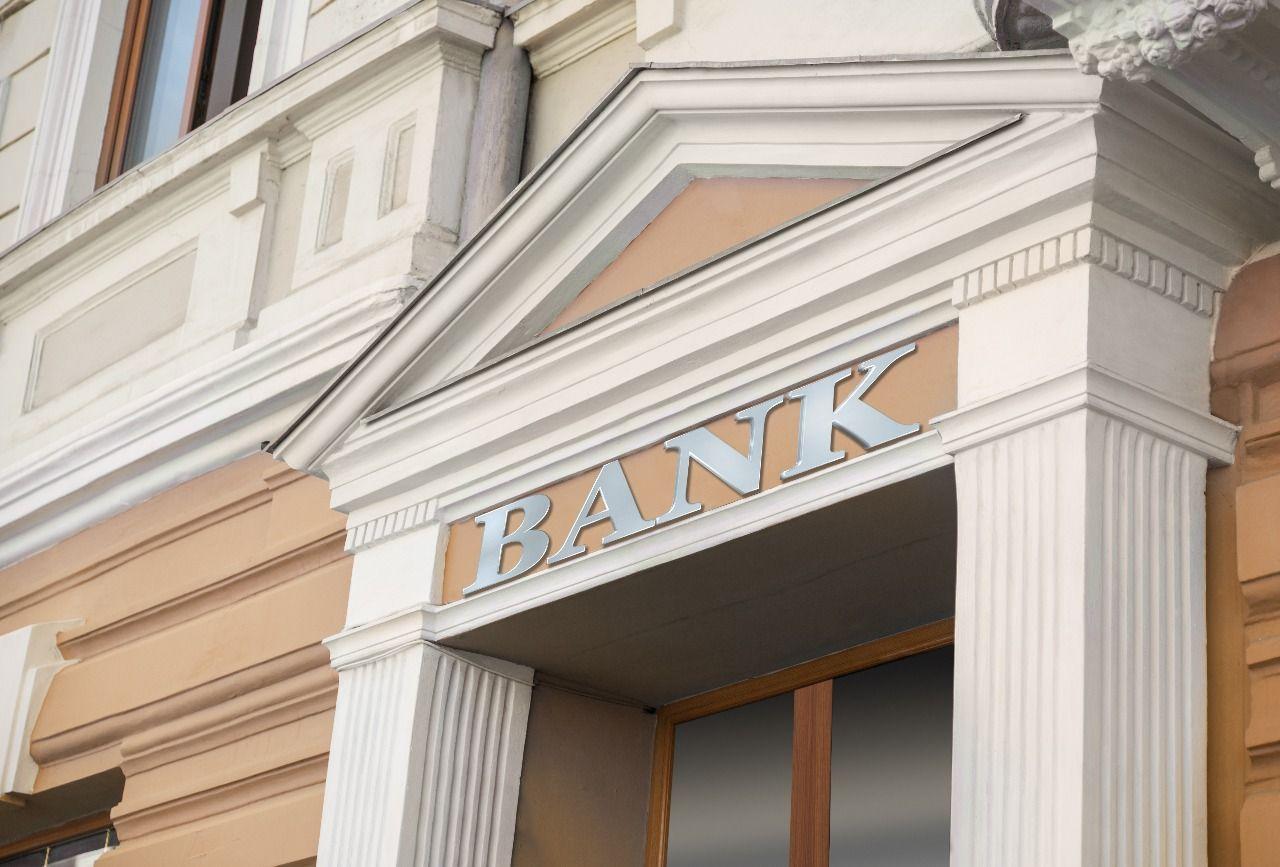 https: img.okeinfo.net content 2018 04 11 278 1885284 bank-bumn-berpeluang-jadi-investor-bank-muamalat-FVVDGzOYTw.jpg