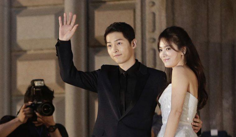 https: img.okeinfo.net content 2018 04 13 196 1886392 bikin-iri-intip-6-pasang-seleb-korea-yang-selalu-tampil-mesra-dan-romantis-gC1ew9ALKK.jpg