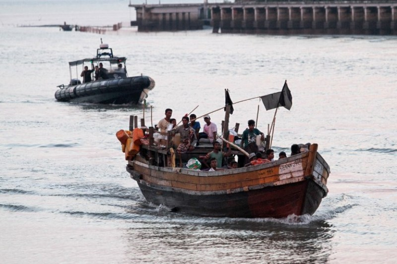 https: img.okeinfo.net content 2018 04 14 18 1886700 malaysia-akan-kedatangan-70-pengungsi-rohingya-lewat-jalur-laut-cdWe425dhb.jpg