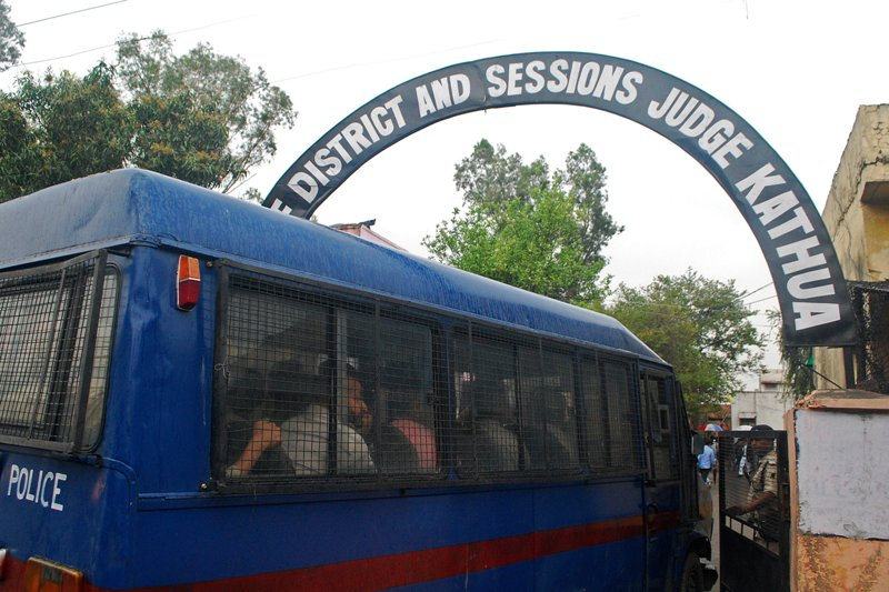 https: img.okeinfo.net content 2018 04 16 18 1887422 pengadilan-india-mulai-adili-delapan-terdakwa-pemerkosa-anak-MN2olFyKFq.JPG