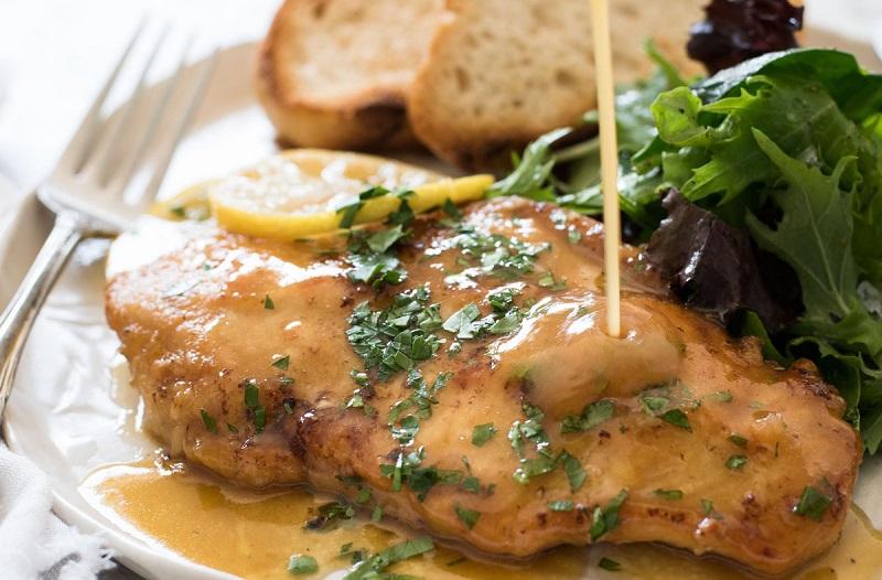 https: img.okeinfo.net content 2018 04 16 298 1887221 paduan-ayam-goreng-saus-lemon-dengan-salad-kale-garlic-untuk-makan-malam-nikmat-IJOT12xkWT.jpg